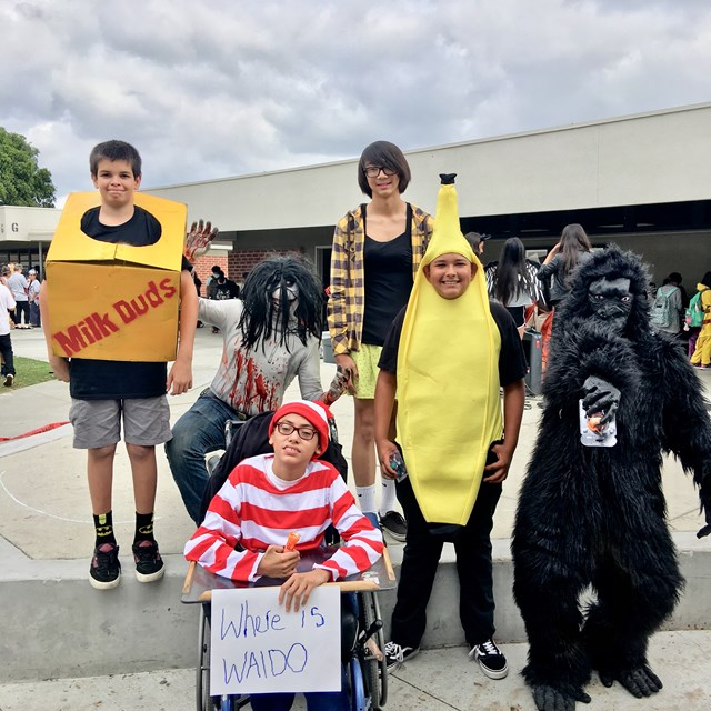 Jaguars share laughs with their spooky costumes!